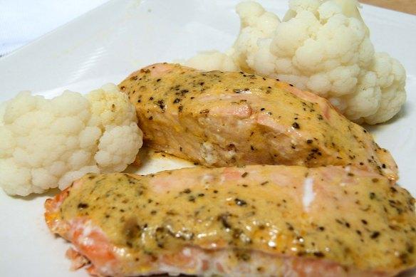 paleo salmon a la mostaza