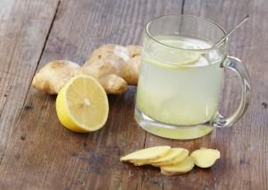propiedades de tomar agua con limon y jengibre